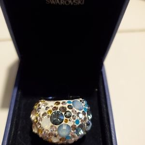 Swarovski dome ring with multi crystals